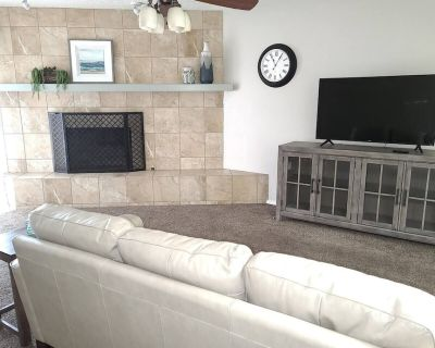 Old Town Patina, 2 QB, 2 BA, WIFI Pet Friendly - West Old Town