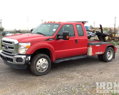 2015 Ford F-450 Super Duty XL 4x2 Extended Cab S/A Tow Truck
