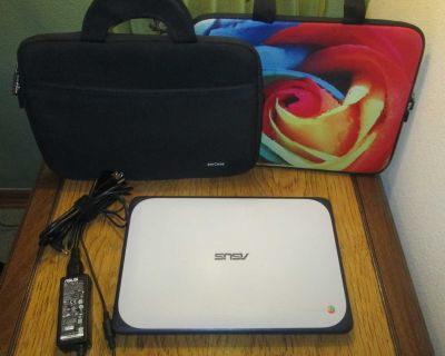 ASUS Chromebook C202SA, 2 Carrying Cases, Very Good Condition