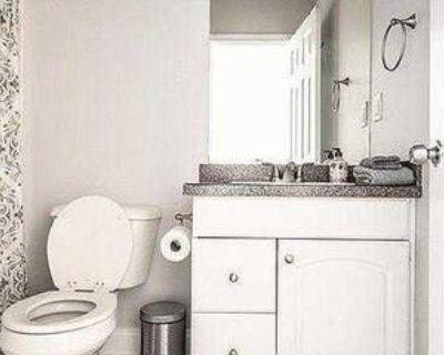Room for Rent - a 2 minute walk to bus stop Atlan, Atlanta, GA 30315 1 Bedroom Apartment