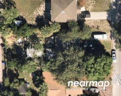 3 Bed 2 Bath Foreclosure Property in Saint Petersburg, FL 33711 - 42nd St S