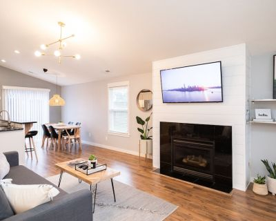 Light & Airy 3 BR House Perfect for NW Getaways - Vancouver