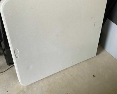 6 ft Folding Table by Cosco - used as my crafting table so see pics