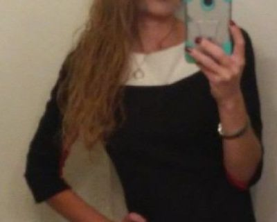 I am a female looking for a room for rent ve...