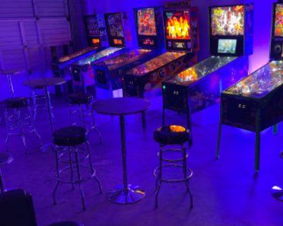 Retro Pinball Machines & Arcade Entertainment, Valencia, CA