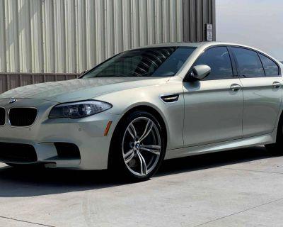 2013 BMW M5 Standard