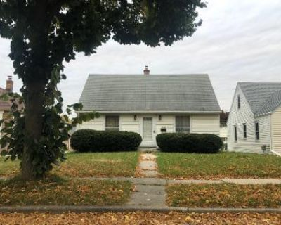 4 Bed 1 Bath Foreclosure Property in Milwaukee, WI 53219 - S 61st St