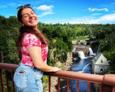 Victoria, 20 years, Female - Looking in: Norfolk Norfolk city VA