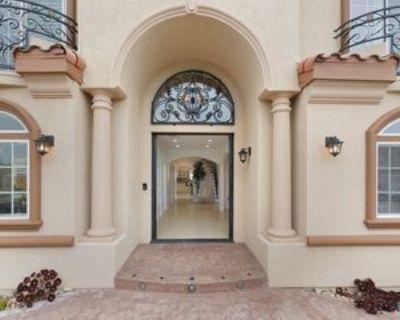 7912 Croydon Ave, Los Angeles, CA 90045 4 Bedroom Apartment