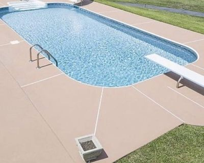 Pool-house Cottage - McDonough