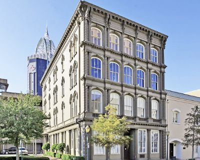 700-4,050 Turnkey Office Space Downtown