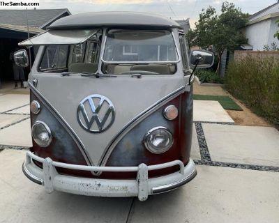 1967 21 Window Deluxe VW Bus