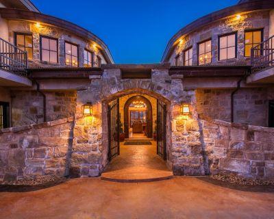 Gorgeous 8400sqft Mansion 6 bdrm Prvt Jacuzzi Theatre Room - The Preserve