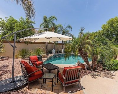 Monthly Special OFFER! All Star Luxury 3 BR Home/ PVT Pool/ Chandler - Springfield Lakes