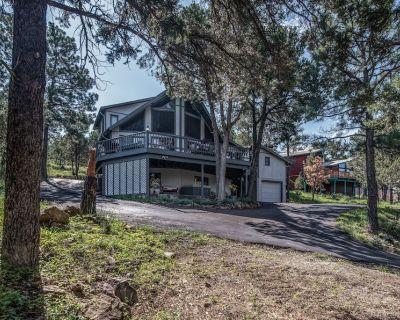 Gray Wolf Lodge, 4 Bedrooms, Hot Tub, Mountain View, Pool Table, Sleeps 9 - Ruidoso
