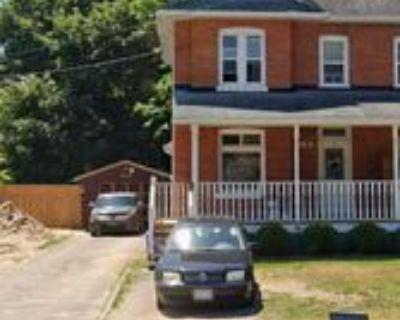 86 Burton Avenue #Main, Barrie, ON L4N 2R6 3 Bedroom House