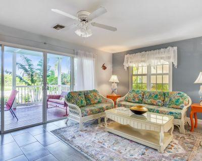 Bye Bye Birdie - Spacious 3 Bedroom Golf Club Living - Key West