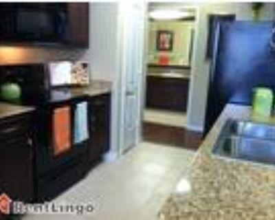 4 bedroom 928 Hazel Street