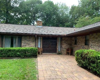 Hunter Estate Sales present Gorgeous House For Sale & Entire Contents!
