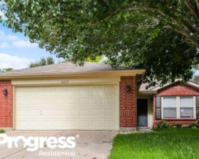 2237 Southway, Denton, TX 76207 3 Bedroom House