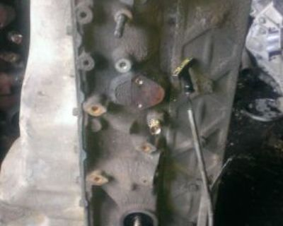 Ford 1987 Up 4.9 Litre 300 Fuel Injected Short Block With Oil Pan Good Condition