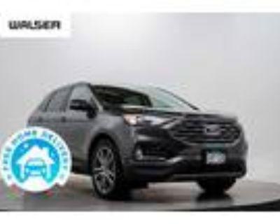 2019 Ford Edge, 27K miles