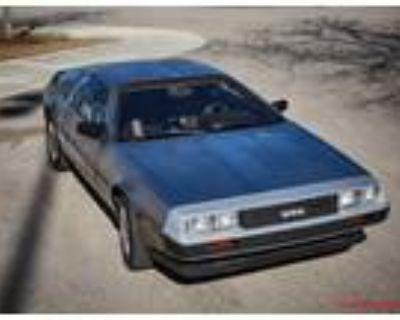 1981 DeLorean DMC-12 2.85L V6