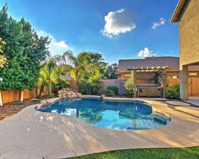 Spacious Mesa Home w/ Hot Tub, Fire Pit, & Grill! - Mesa