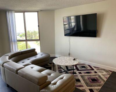 Large beautiful 420/smoker friendly 2 bedrooms 2baths in DOWNTOWN LA - Bunker Hill