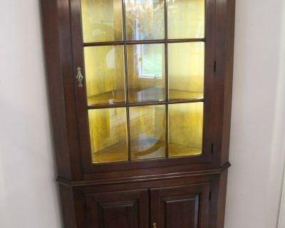 06/28: Fine Rugs Furniture Midlothian VA Estate Auction