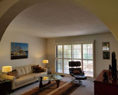 Poolside Retreat Great Location in Mesquite Country Club. VIEWS. - Palm Springs