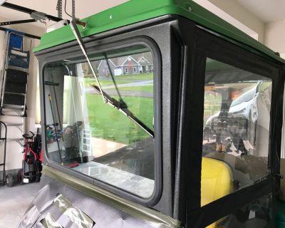 John Deere X738 Garden Tractor w/snow thrower, mower, & cab