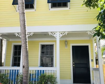 NEW MONTHLY RENTAL, Old Town, Newly Furnished, Private Duplex - Key West Historic District