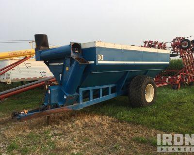 Kinze 800 Grain Cart