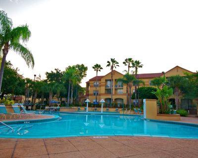 Blue Tree Resort 2BR Suite, SATURDAY Check-In - Orlando
