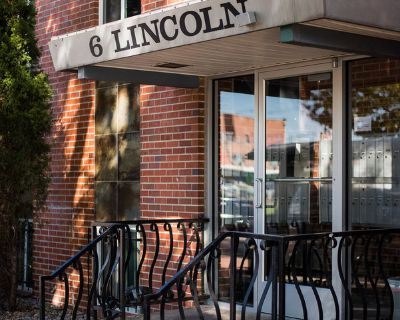 STUNNING 2BR AVAILABLE IN BAKER WITH PRIVATE PATIO!!