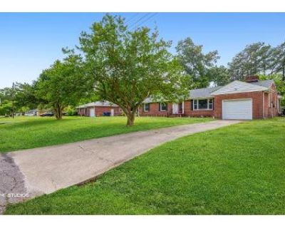 3 Bed 2 Bath Foreclosure Property in Portsmouth, VA 23703 - Lilac Dr