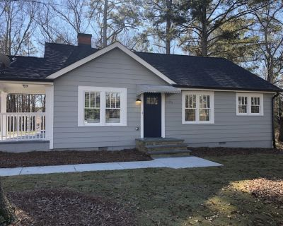 Sugar Hill cottage completely renovated. All new furniture and luxury linens. - Sugar Hill