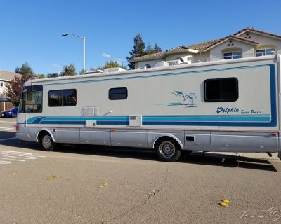 1994 National Dolphin 34D
