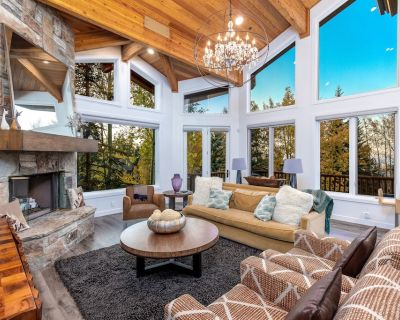 Modern Ski-in/Ski-out in Silver Lake. Fully Remodeled. Steps to the slopes!!! - Park City