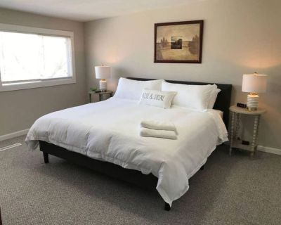 Clean Newly remodeled 3 bedroom/1 bathroom - Libertyville