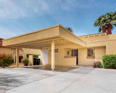 Dog-friendly Golf View Home w/ Fast Wifi, Central A/c, 20 Shared Pools, & Spas - Palm Desert