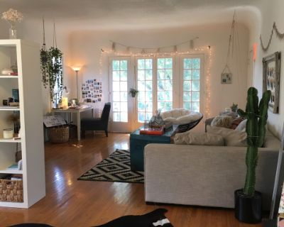 West Hollywood Spacious Apartment with Big Windows, White Walls, and Wood Floors, West Hollywood, CA
