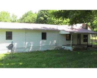 3 Bed 1 Bath Foreclosure Property in Gray Hawk, KY 40434 - 1 Box 252
