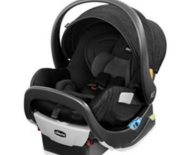 NEW Chicco Fit2 Infant & Toddler Car Seat