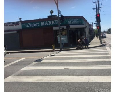 1354 W 54th Street , Los Angeles, CA 90037
