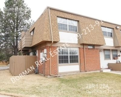 Great 2 bedroom townhome off North Academy & Dublin!