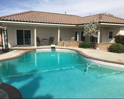 Private Estate Casita with Pool! - Lancaster