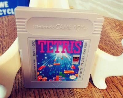 Nintendo gameboy tetris