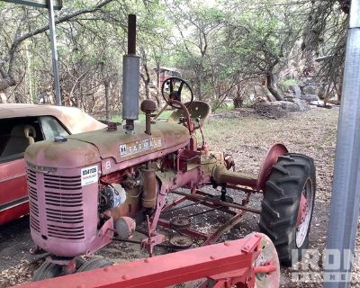 International Harvester Farmall B Antique Tractor